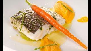 Pescadilla al vapor con puré de zanahorias al curry - Bruno Oteiza