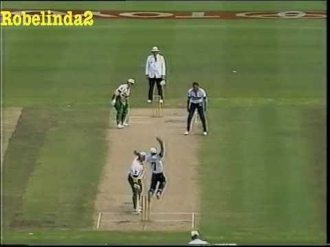 """""""THE"""" MOST AMAZING BALL EVER BOWLED IN CRICKET HISTORY"""