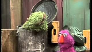 Classic Sesame Street: Telly's pitcher