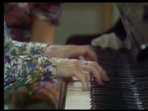 Yvonne Lefébure teaches how to play Debussy