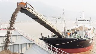 How Big Ship Transport Sand At Work, Extreme Transporting Huge Volume Of Sand By Waterway