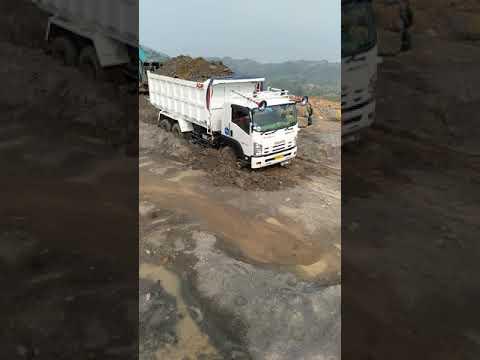 Truck Isuzu Amblas Parah