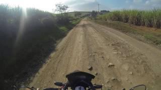 LeoO94 (MOTOVLOG | MOTO FILMADOR) - XRE 300 Estrada de Terra BARRO