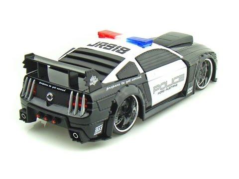 police voiture jouet voitures jouets de police voitures de jouets pour les enfants youtube. Black Bedroom Furniture Sets. Home Design Ideas
