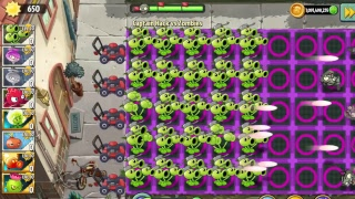 Plants Vs. Zombies 2 MOD #1 - Threepeater Redstinger   SO GREAT