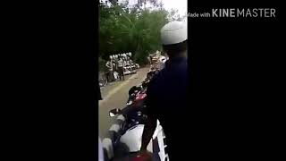 Traffic police walo ki jammkar pitai in road