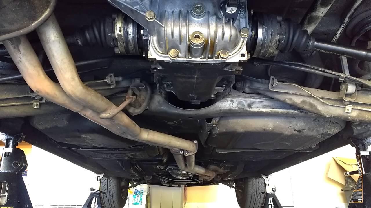 E30 Bad Rear Subframe And Trailing Arm Bushings Youtube
