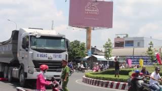 Tai nạn khủng khiếp ở Cần Thơ, người phụ nữ bị cán lòi ruột -Dân miền Tây