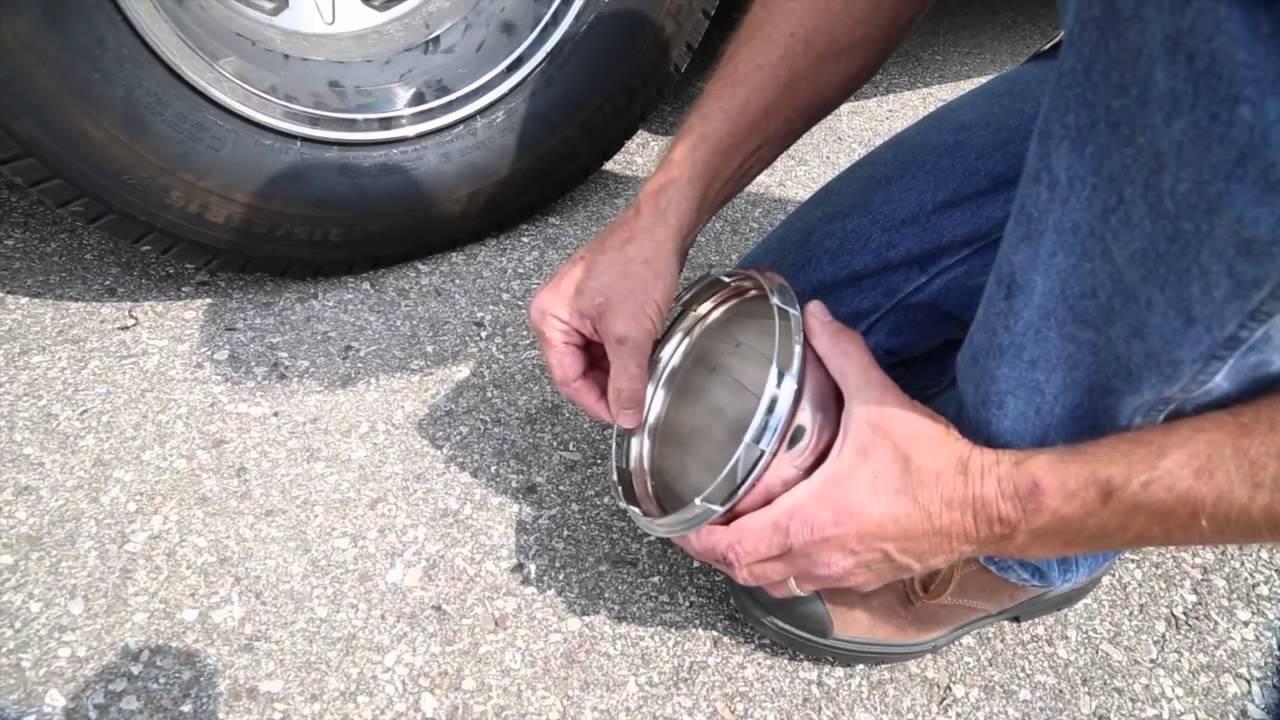Wheel Cap Removal   Roadtreking Across America