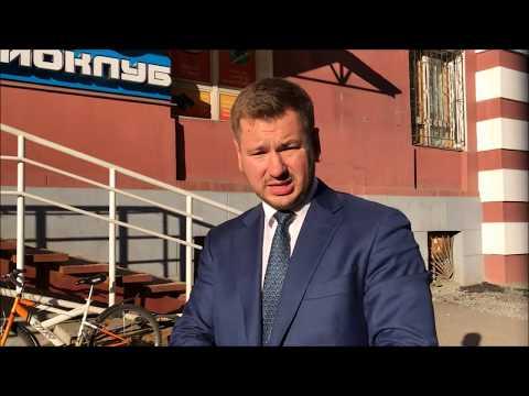 """Инспекция проекта """"Убитые дороги"""" ОНФ в Мурманске часть 2 - Как Андрей Шарков в яму лазил."""