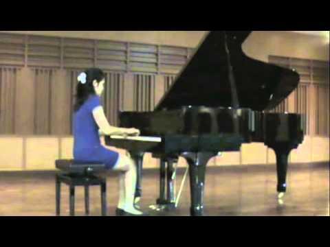 Delicia Mandy Nugroho plays Bach's Prelude and Fugue