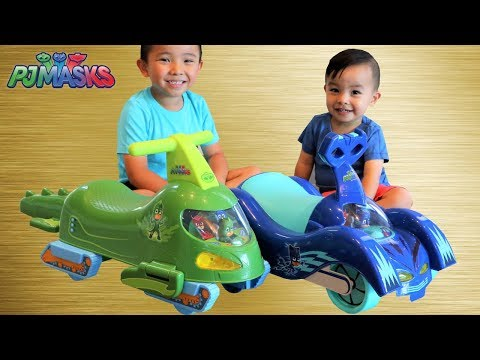 PJ MASKS Toys Cat-Car And Gekko-Mobile Ride On Cars Unboxing With Ckn Toys