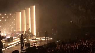 Baixar Arctic Monkeys - Pretty Visitors LIVE (O2 Arena, 10/9/18)