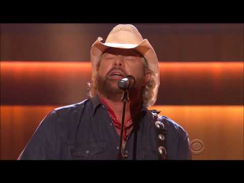 "Toby Keith performs ""Who's Your Daddy"" live in concert 2017 ACM Honors Awards HD 1080p"