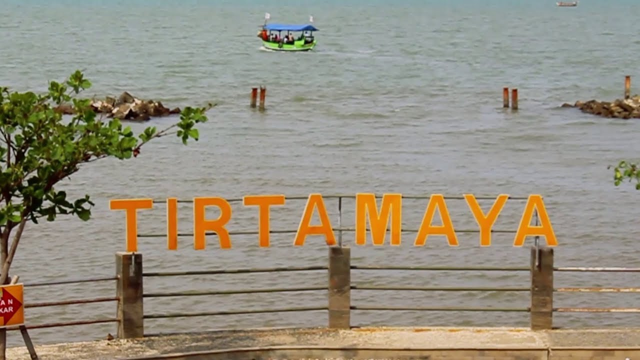 Indramayu Pantai Tirtamaya ( Tirtamaya Beach ) - Ceritanya Lagi Liburan
