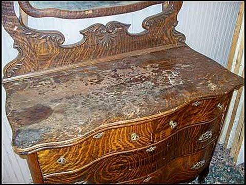 Antique Vanities With Mirror