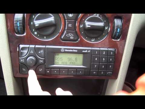 2000 Mercedes-Benz C 200 Start-Up and Full Vehicle Tour