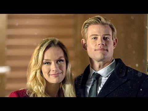 Marry Me at Christmas  Starring Rachel Skarsten, Emily Tennant and Trevor Donovan