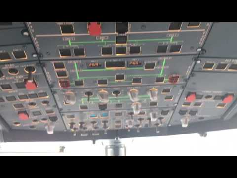 A 4K ride in the jumpseat - Airbus Cockpit - Ils approach to minima