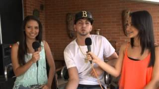 J QUILES cantando sus canciones (Esta noche; Maria y Orgullo)Justin Quiles a capella,en entrevista.