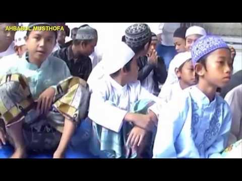 Marhaban Alfi Marhaban voc Gus Shofa - Ahbabul Musthofa HD