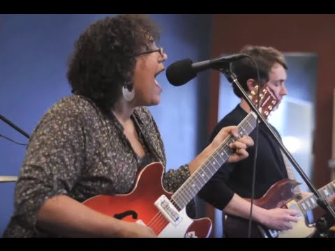 Alabama Shakes - Goin' To The Party - 7/6/2010 - Paste Magazine Offices, Decatur, GA mp3