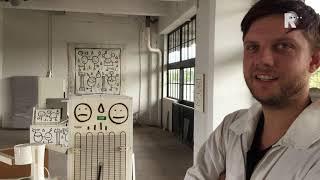 Ommoordse Riq Etiq artpiecet in het Haka-arty-flarty aan de Lekhavense Vierhavenstraat dat het ee...