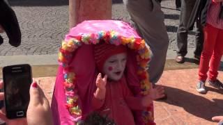Artisti di strada-VERONA- neonato impazzito