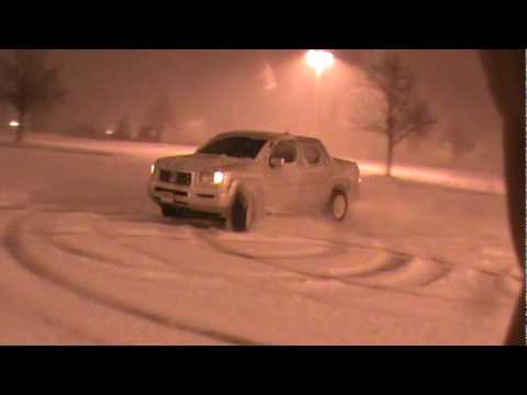 honda ridgeline in the snow youtube. Black Bedroom Furniture Sets. Home Design Ideas