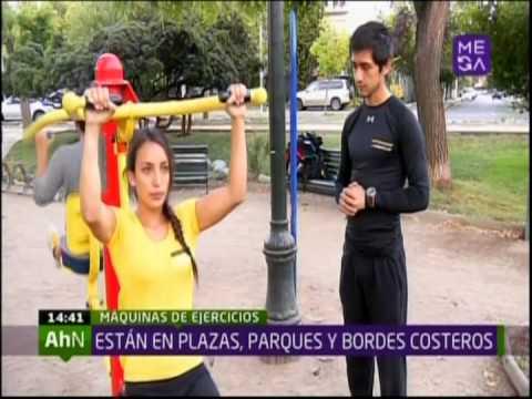 M quinas de ejercicios en las plazas recomiendan usarlas for Maquinas de ejercicios