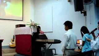 Thương khó- Tiệc Thánh- HTTL Thanh Da- part 2- 19g15- 4122011