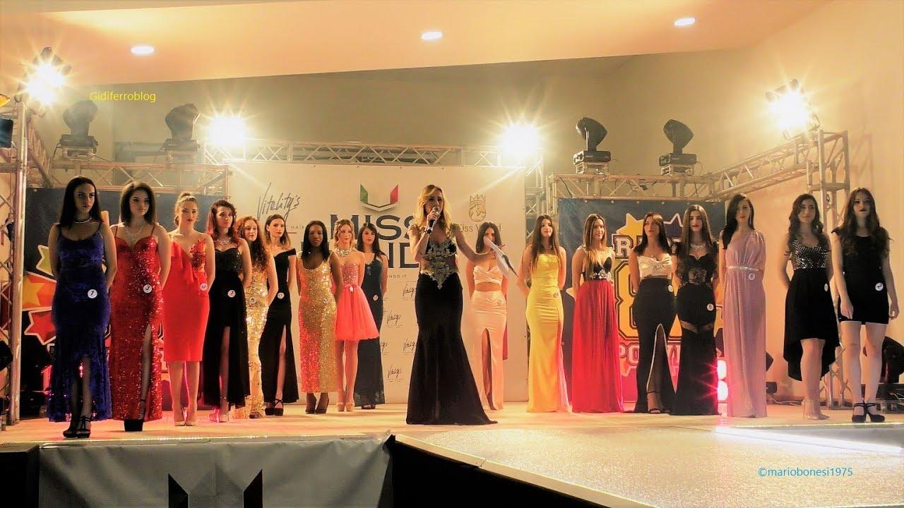Abiti Eleganti Verona.Miss Mondo Italia 2018 Sfilata In Abito Elegante 3 Tappa Arcole