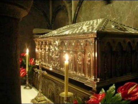 St. James Sepulcrum, Santiago de Compostela Cathedral, Galicia, Spain, Europe