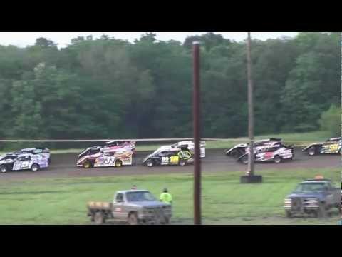 USMTS @ L A Raceway 5-4-2012  Heat #1-2s Stormy Scott (R), Stewartsville, Mo