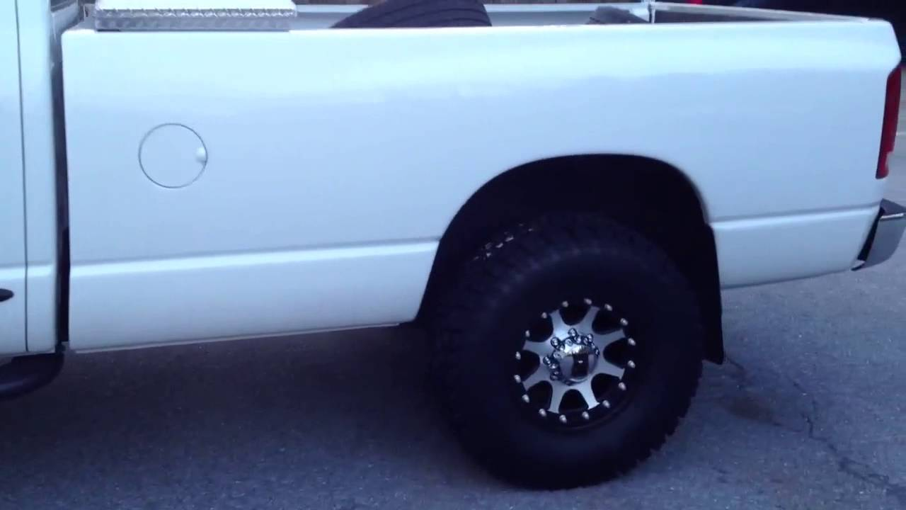 2003 Ram 2500 Kmc Xd Addict Wheels Youtube