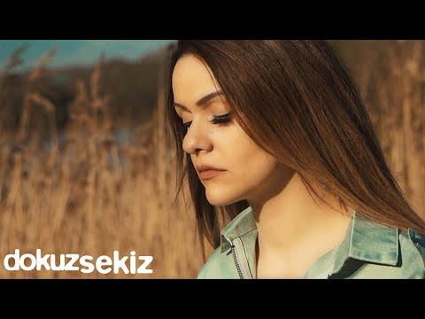 Melis Aydın - Sensiz Uyandım (Official Video)