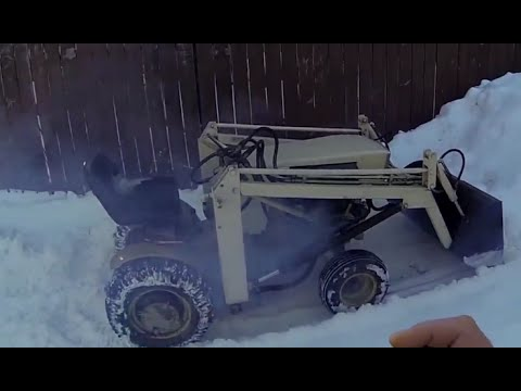 Moving Snow With the Sears Loader , / B&S Vtwin 20HP Engine Fail / Blow up ?