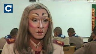Тайський учитель англійської перетворює уроки на шоу
