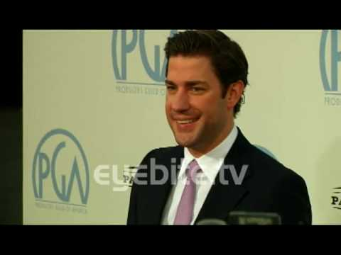 A lot of celebrities arrive at The 21st Annual PGA Awards
