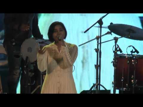 Shilpa Rao singing 'Akhiyaan Udeek Diya' at Kala Ghoda Festival 2017