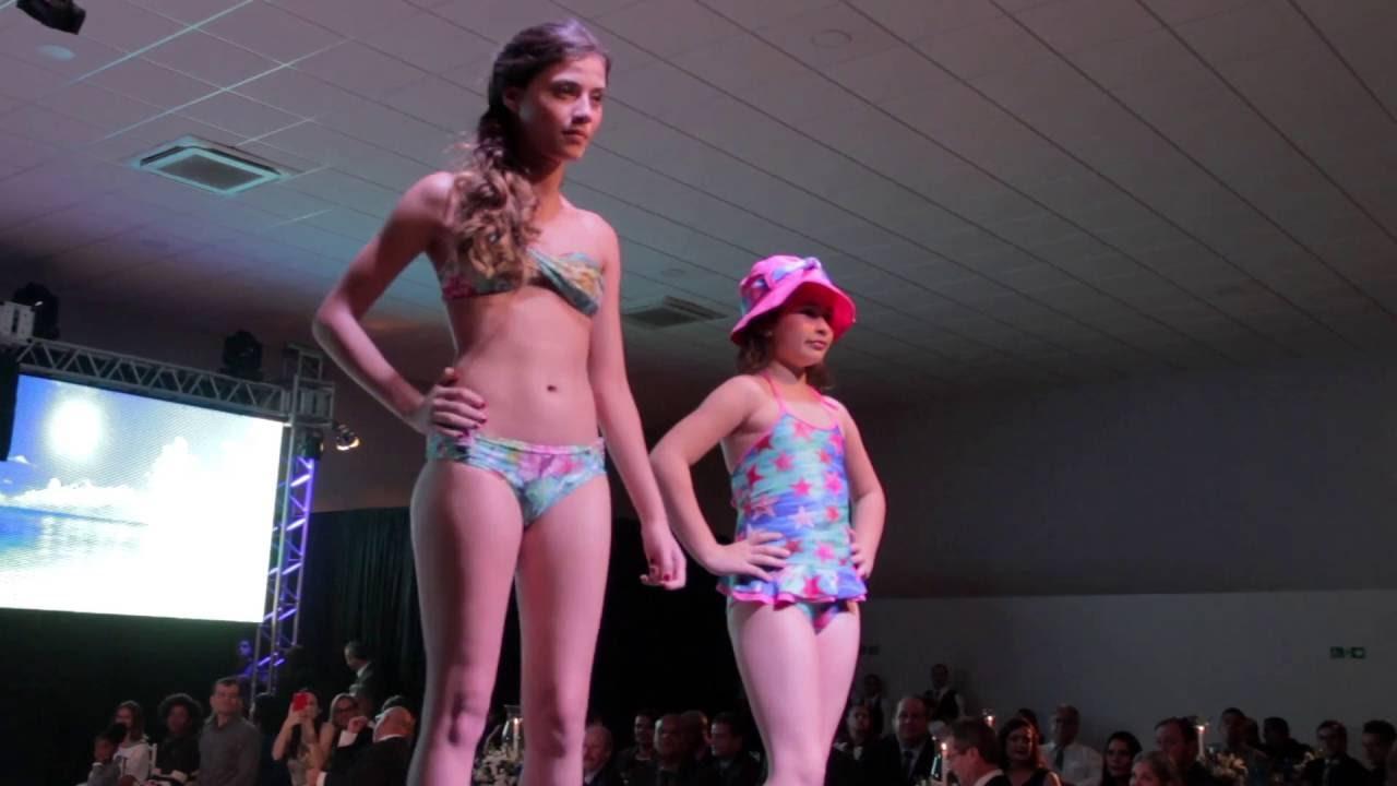 desfile de lan amento da cole o moda praia ver o 2016 2017