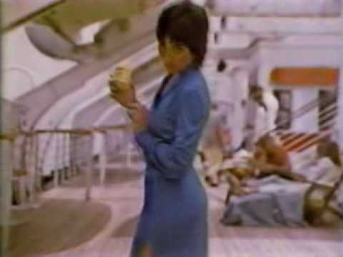 1980 L'Eggs pantyhose commercial featuring Joyce DeWitt