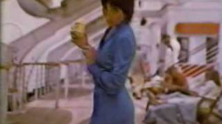 1980 L'Eggs pantyhose commercial featuring Joyce DeWitt