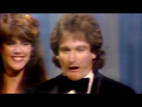 Christopher Reeve Presents Robin Williams With Award For Fav New TV Performer & Fav New TV Program