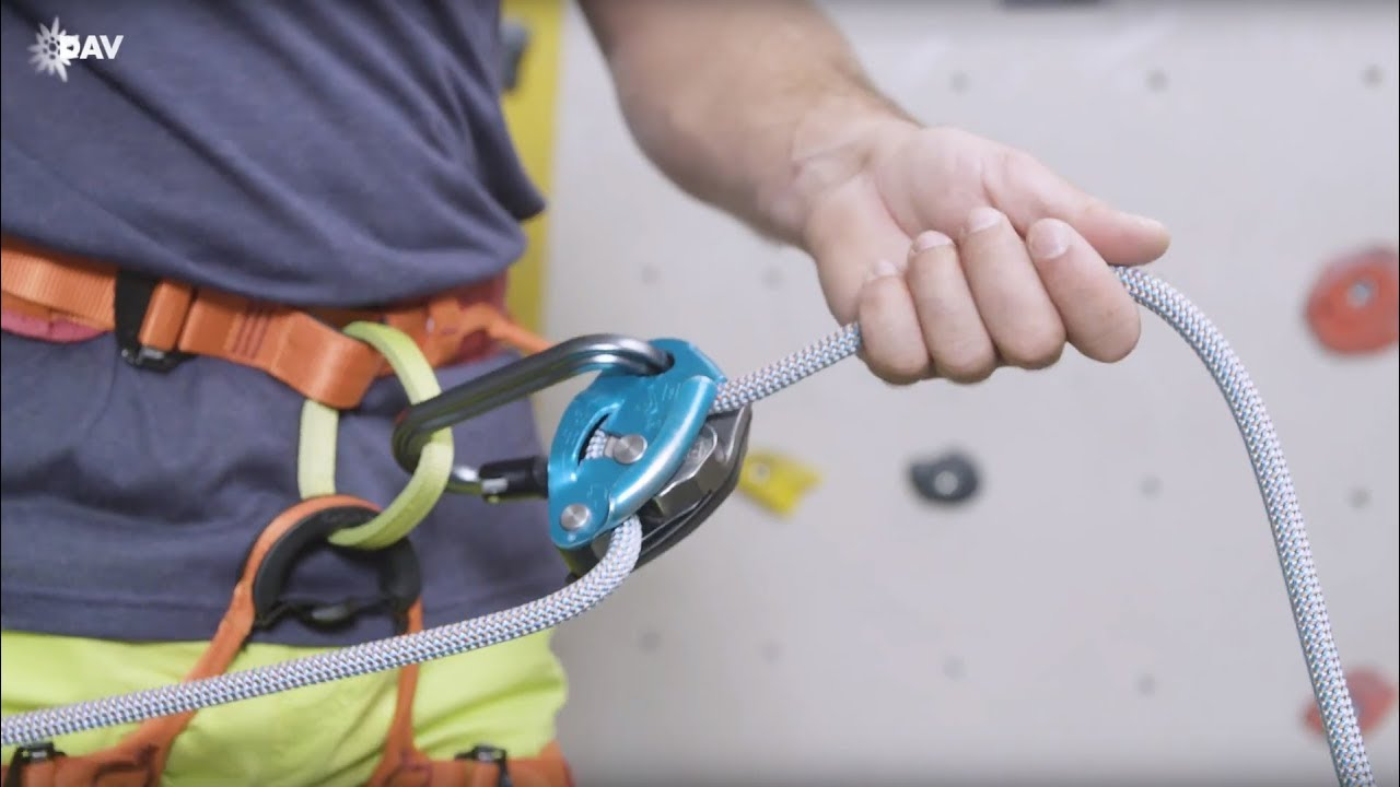 Climb Safe: How to belay with the Grigri - YouTube