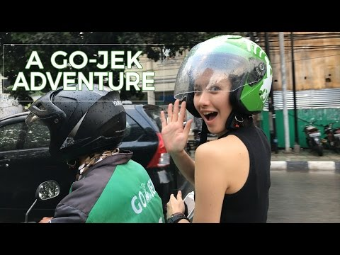A GOJEK Adventure  Food Dery with Melissa
