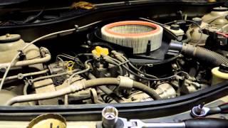 Renault Logan (1.6 8v) Техническое обслуживание (Замена масла,фильтры)(В данном видео будет подробно показано как произвести замену масла и фильтров( масленый,воздушный).Для..., 2014-10-15T14:00:10.000Z)