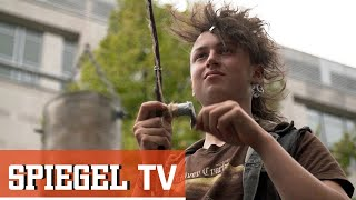 Jung und kein Zuhause: Überleben auf der Straße (SPIEGEL TV Reportage)