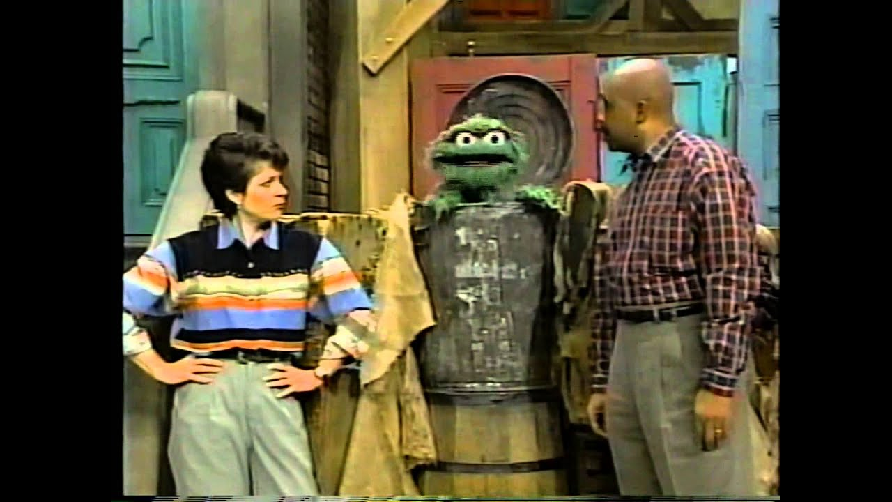 Sesame Street - Linda Loses Barkley - YouTube