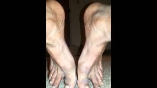Dudes feet